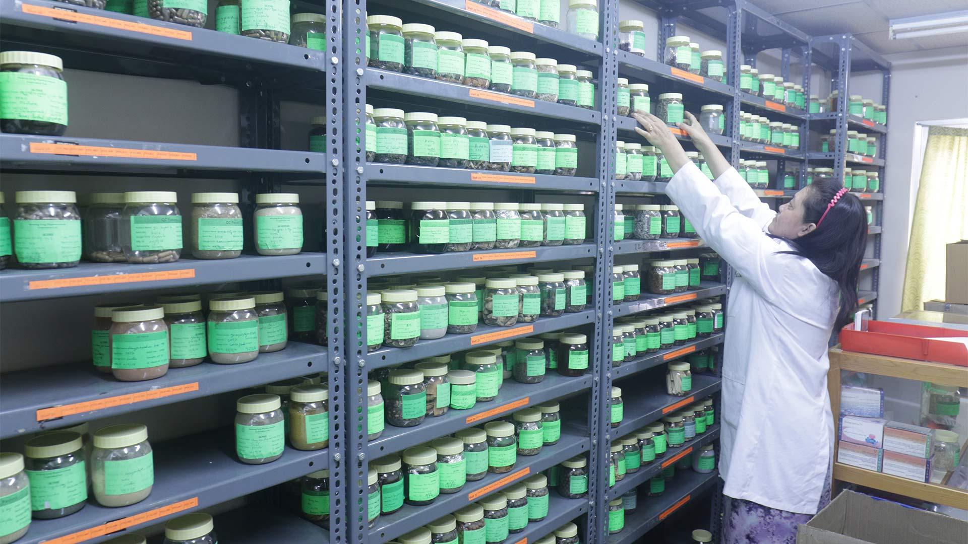 Menjong Sorig Quality Control (5)